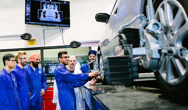 Auto Service - VCC has real-world  training