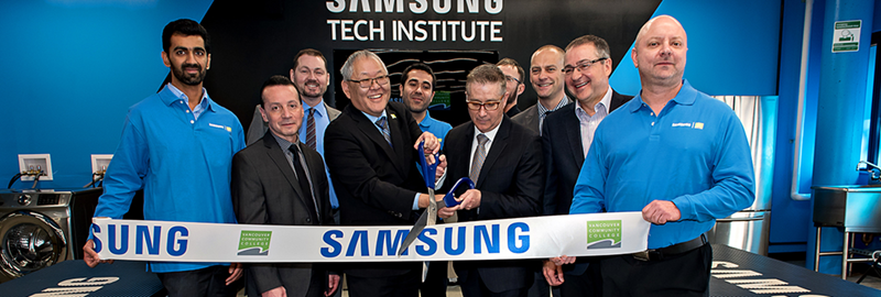 News-Samsung-Grand-Opening-800