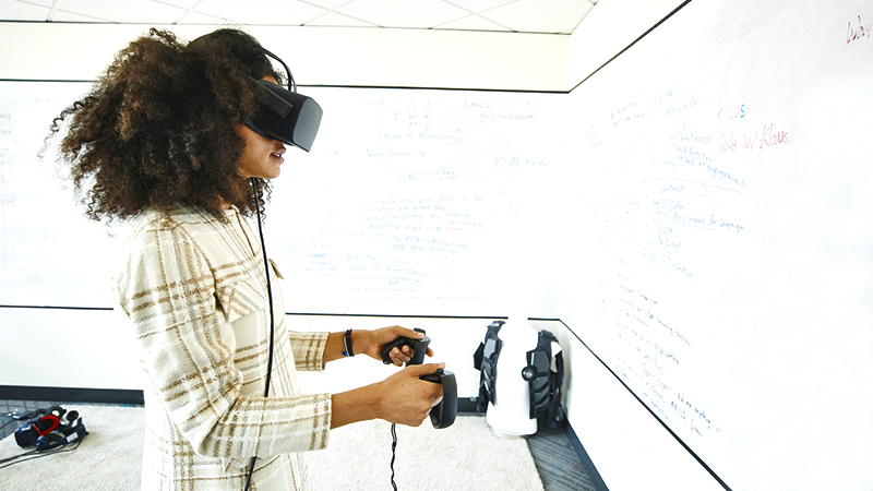 Virtual Reality (VR) and Augmented Reality (AR) Design and Development Diploma