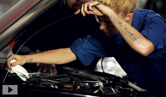 How to check your car's fluids